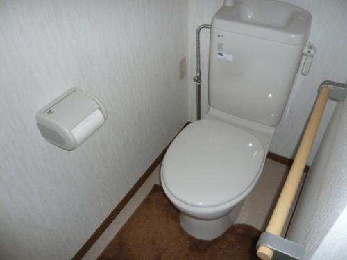 汲み取り和式便所→洋式トイレ